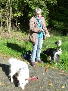 Claudia mit Muffin und Meringa